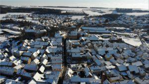 2021-02-12 17.42.41 Unser Ort aus der Vogelperspektive im Winter