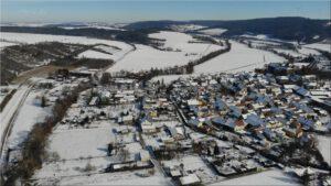 2021-02-14 16.05.38 Unser Ort aus der Vogelperspektive im Winter