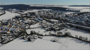 2021-02-14 16.06.08 Unser Ort aus der Vogelperspektive im Winter