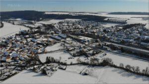 2021-02-14 16.06.36 Unser Ort aus der Vogelperspektive im Winter